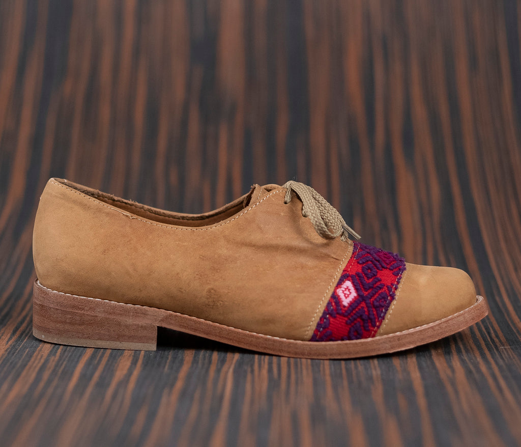 Brown leather upholstery with pink and purple textile - TOCO MADERA - Handcraft shoe from Mexico - Handmade shoe