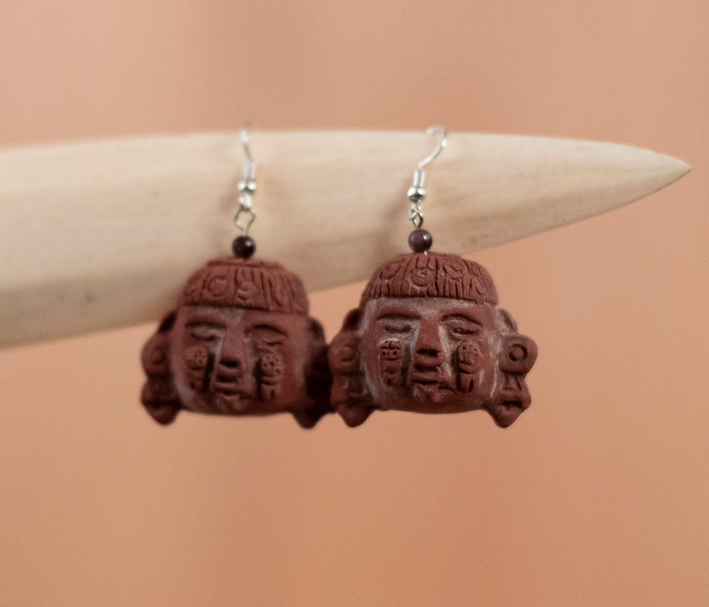 Mud earrings red mask 2 - TOCO MADERA - Handcraft shoe from Mexico - Handmade shoe