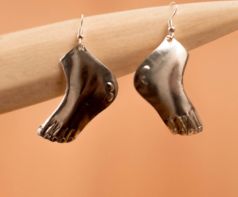 Brass feet earrings - TOCO MADERA - Handcraft shoe from Mexico - Handmade shoe