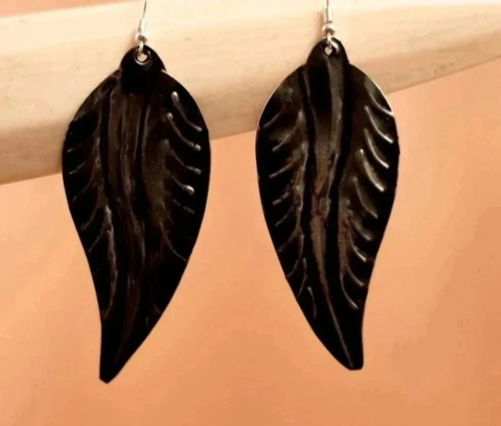 Brass leaf earrings - TOCO MADERA - Handcraft shoe from Mexico - Handmade shoe
