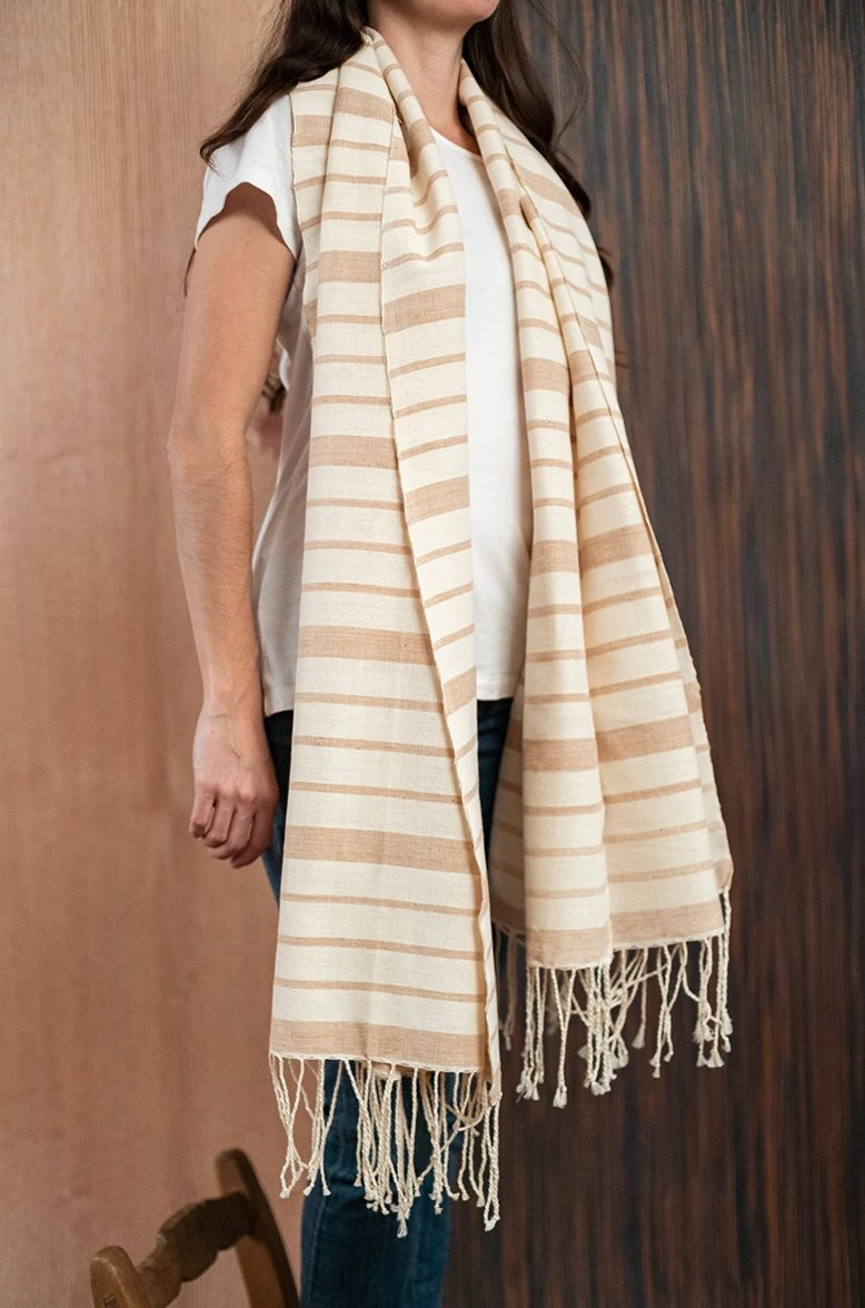 Scarf / poncho with Oaxaca loom beige brown - TOCO MADERA - Handcraft shoe from Mexico - Handmade shoe