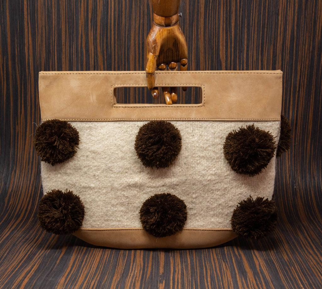 Cream handbag with white textile with brown pompoms - TOCO MADERA - Handcraft shoe from Mexico - Handmade shoe