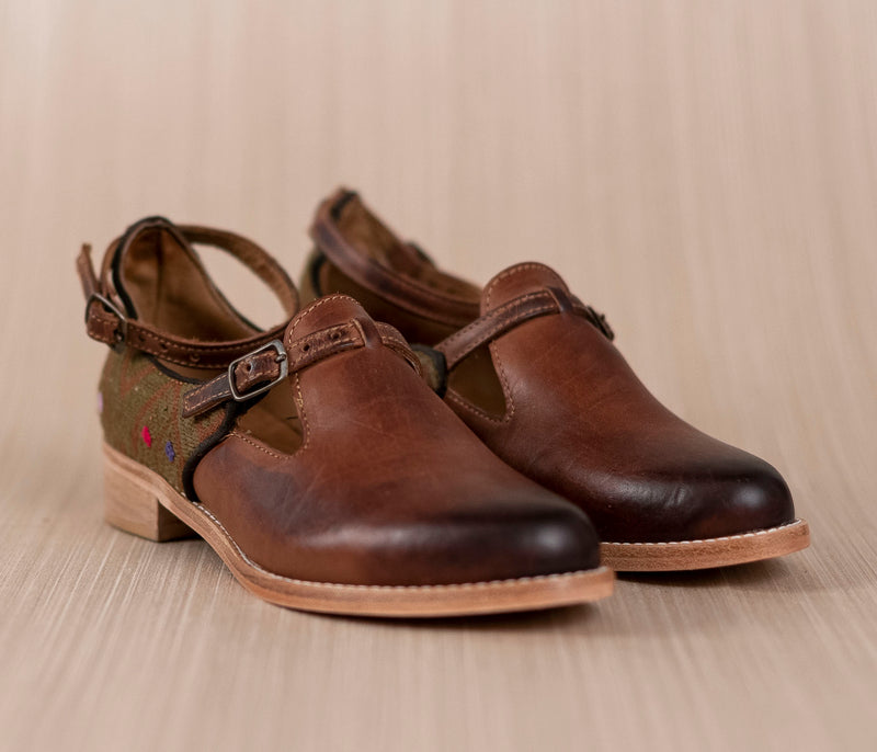 Brown leather and textile coffee with green ESCUINCLAS - TOCO MADERA - Handcraft shoe from Mexico - Handmade shoe