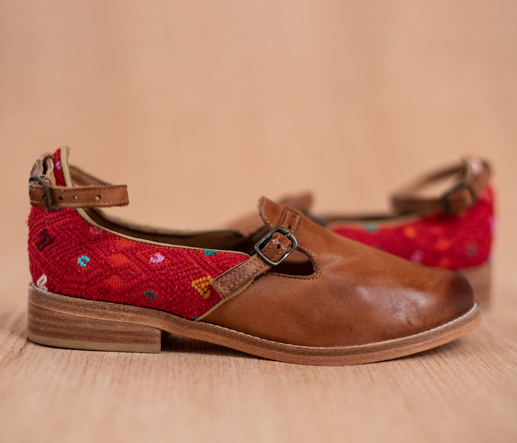 ESCUINCLAS brown leather and red and orange textile - TOCO MADERA - Handcraft shoe from Mexico - Handmade shoe