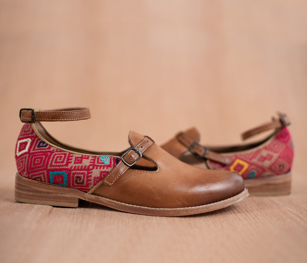 ESCUINCLAS brown leather and pink and cream textile - TOCO MADERA - Handcraft shoe from Mexico - Handmade shoe