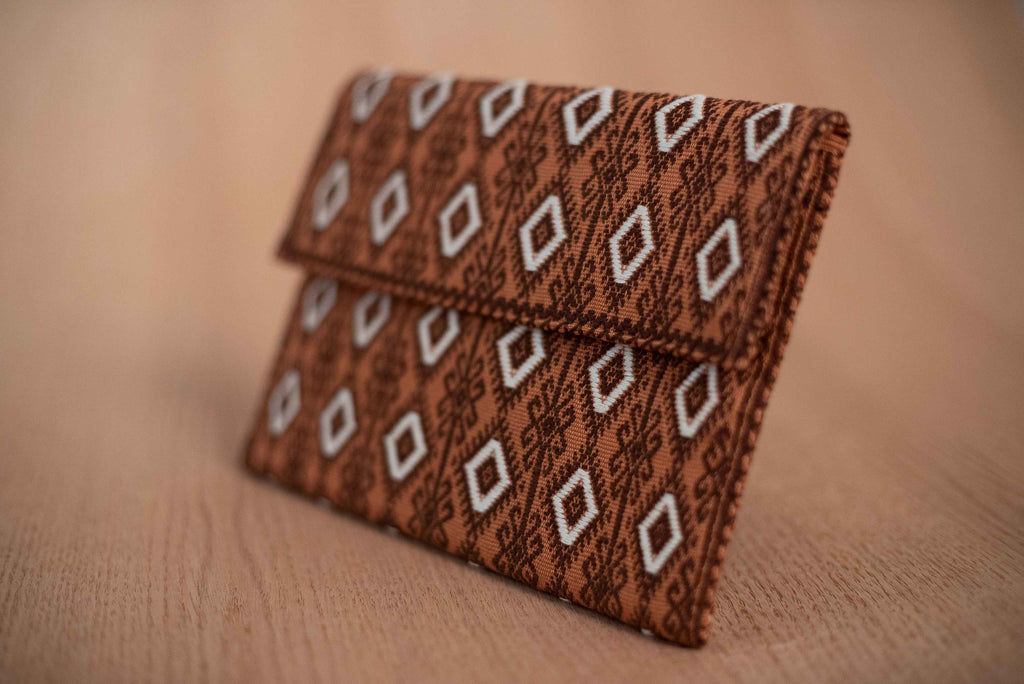 Beige brown textile clutch - TOCO MADERA - Handcraft shoe from Mexico - Handmade shoe