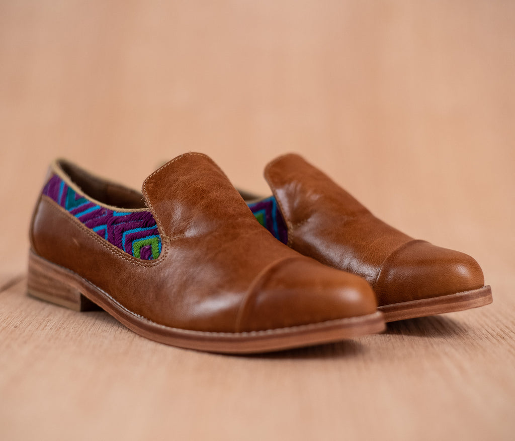Brown leather finolis with blue and purple textile - TOCO MADERA - Handcraft shoe from Mexico - Handmade shoe