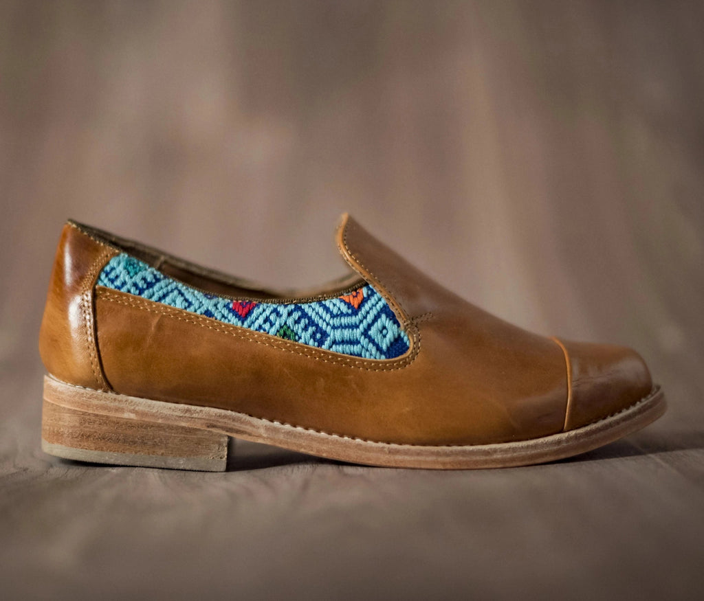Brown leather finolis with navy blue and sky textile - TOCO MADERA - Handcraft shoe from Mexico - Handmade shoe
