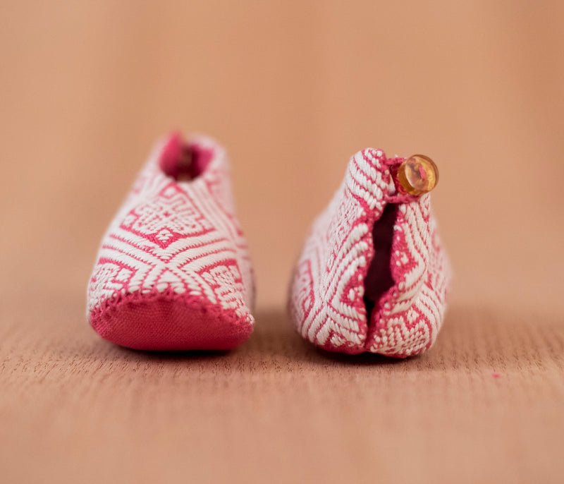 White pink cloth baby shoes - TOCO MADERA - Handcraft shoe from Mexico - Handmade shoe