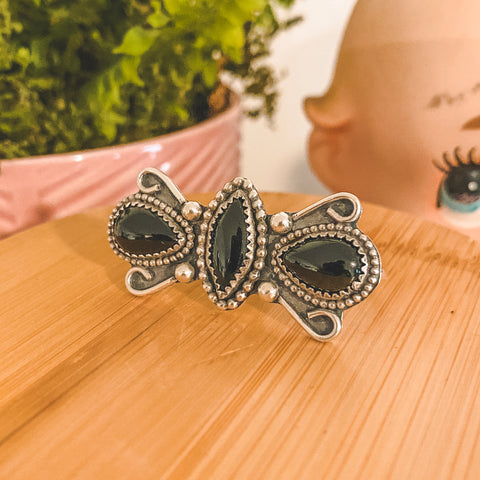 Dark Butterfly Double Finger Ring