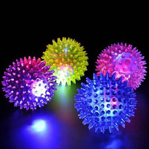 Hot 1Pc Random Color Flashing Light High Bouncing Pet Hedgehog Ball Creative Puppy Toy Dog Supplies Gift