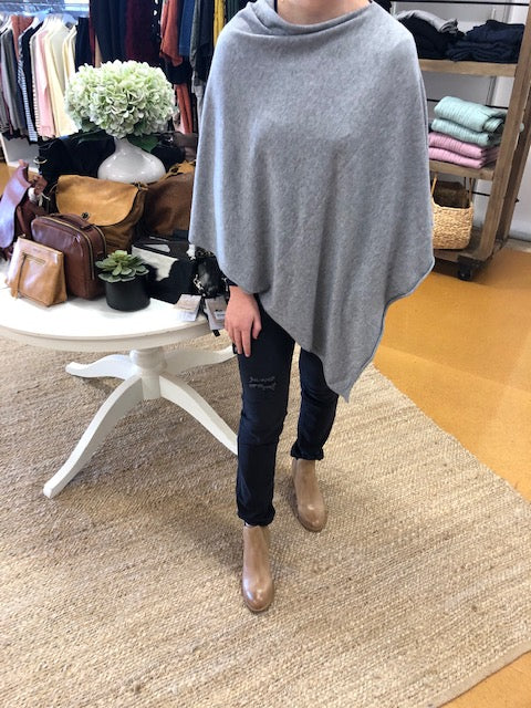 Lane Wool Poncho