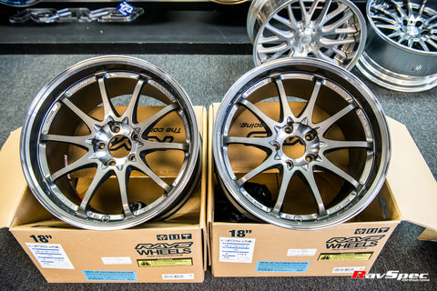 RAYS VOLK Racing CE28SL 18x10.0 +40mm 5x114.3 Press Graphite