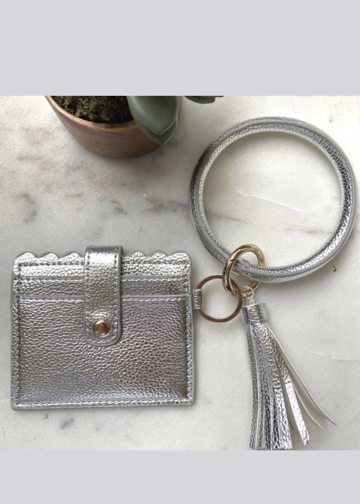 Key Ring Bracelet with Cardholder