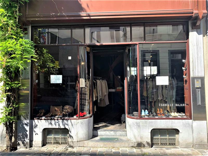 isabelle bajart vintage stores in brussels high-end pieces