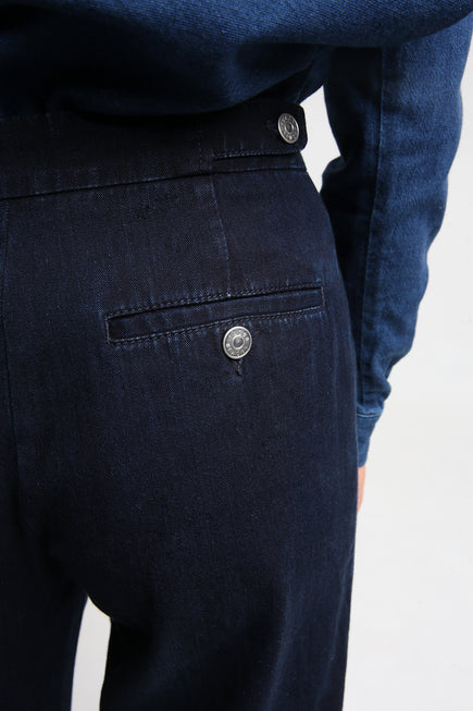 PRESLEY pants back pocket detail
