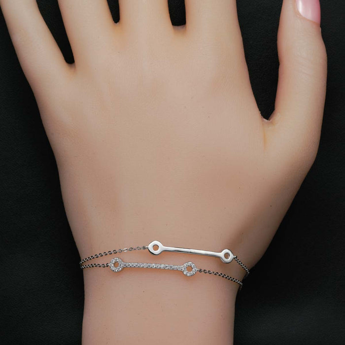 Double Bar Shape 0.25 Carat Round Cut Diamond Chain Bracelet in White Gold