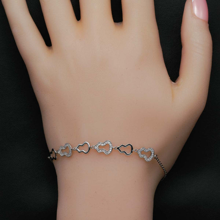 Bell Shape 0.50 Carat Round Cut Diamond Chain Bracelet in White Gold