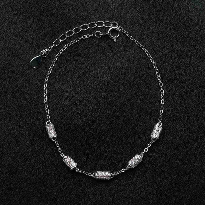 Five Cylinder Shape 0.50 Carat Round Cut Diamond Chain Bracelet in White Gold