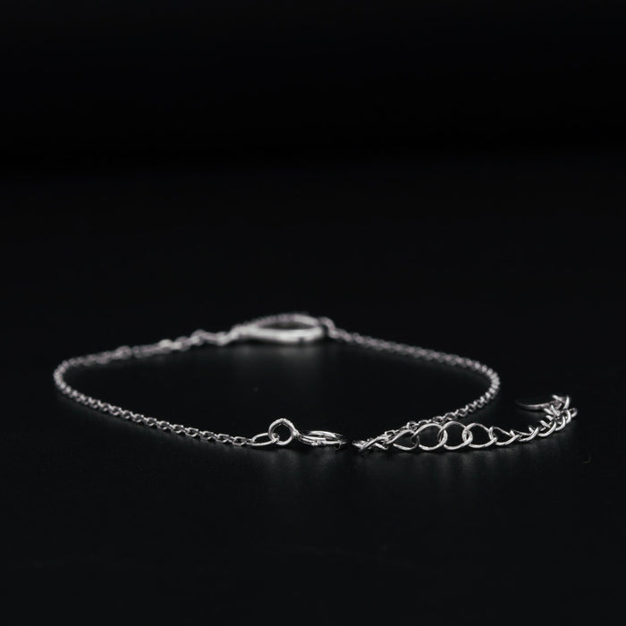 Lovely Heart Shaped 0.15 Carat Round Cut Diamond Link Bracelet in White Gold