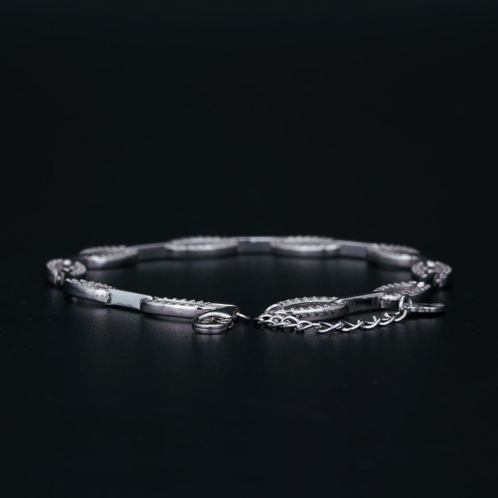 Affordable 2 Carat Round Cut Diamond Split Oval Link Bracelet in White Gold