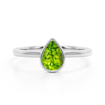 Traditional 1.25 Carat Pear Shaped Peridot and Solitaire Engagement Ring in White Gold