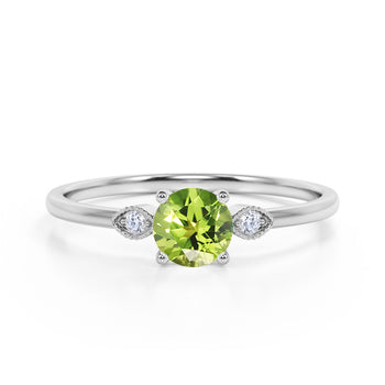 Limited Time Sale 1.35 Carat Round Shape Peridot and 3 Stone Diamond Vintage Engagement Ring in White Gold