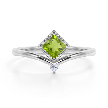 Geometric 1.05 Carat Princess Cut Peridot and 2 Stone Diamond Contour Engagement Ring in White Gold