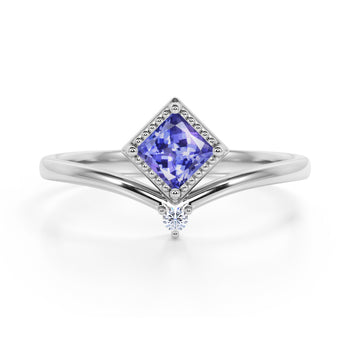 Geometric 1.05 Carat Princess Cut Lavender Tanzanite and 2 Stone Diamond Contour Engagement Ring in White Gold