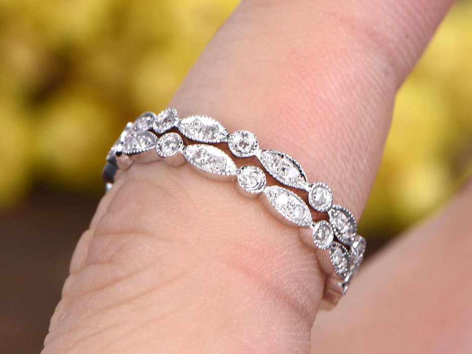 A Pair of .50 Carat Round cut Diamond Wedding Ring Band Art Deco in White Gold