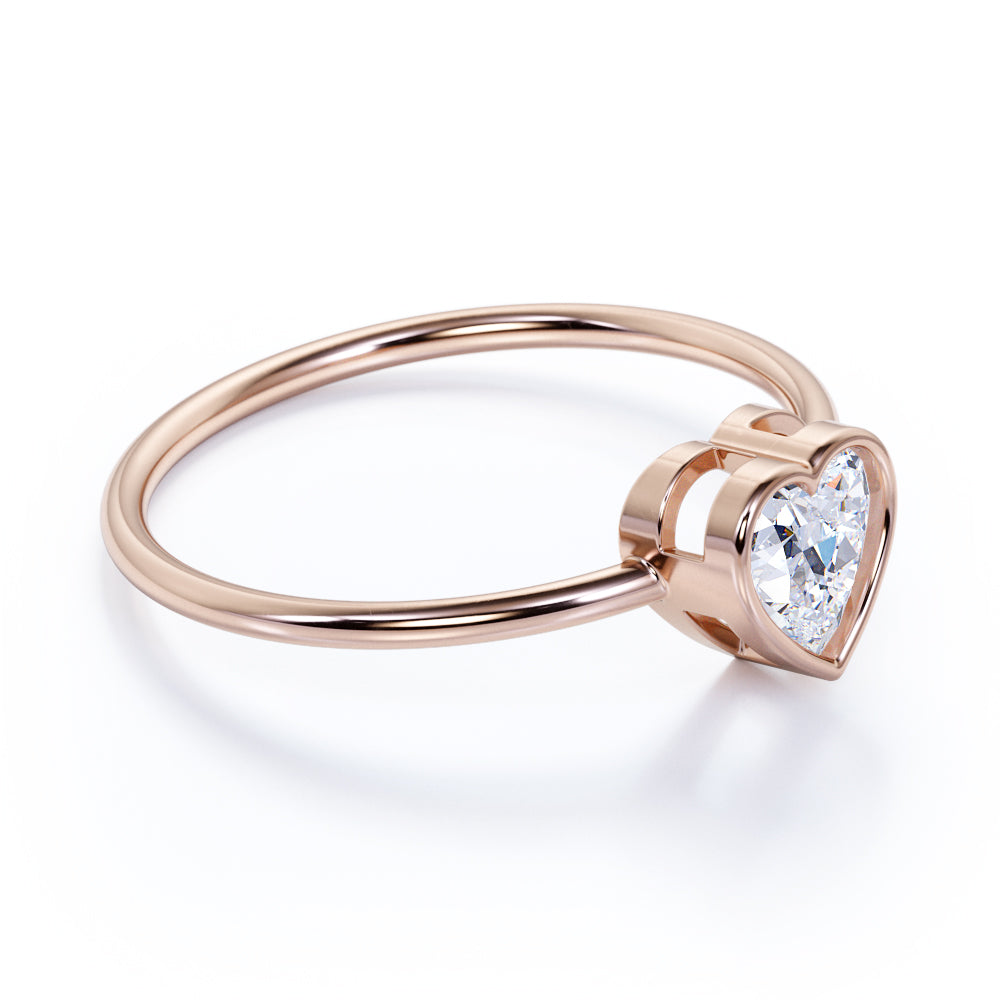 Lovely Heart Shaped Authentic Diamond and Antique Engagement Wedding Ring Band in Rose Gold