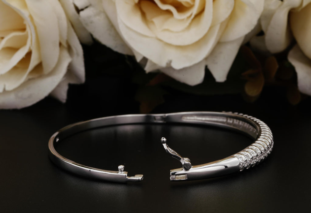 2 Carats Flawless Bangle Bracelet for Women in Sterling Silver