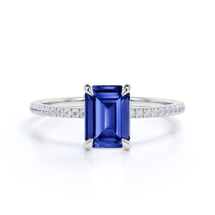 1 Carat emerald cut Sapphire Solitaire Engagement Ring in White Gold