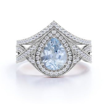 2 Carat pear cut Aquamarine and Diamond Wedding Ring Set in White Gold