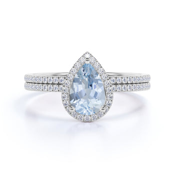 Bestselling 2 Carat pear cut Aquamarine and Diamond Wedding Ring Set in White Gold