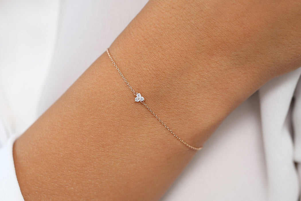 Delicate 3 Stone .25 Carat Round cut Diamond Bracelet for Women in Gold