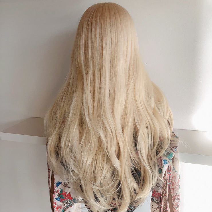 "Her Wig Closet 26"" Blonde Wig #613 Long Beach Wavy Marilyn"