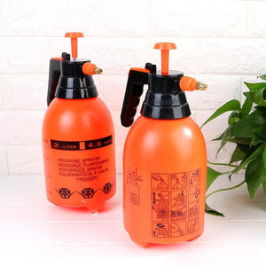 Pressurized Sprayer Bottle - One-Hand Pressure Sprayer- Ergonomic Grip for Gardening, Fertilizing, Cleaning & General Use Spraying - 2 LTR