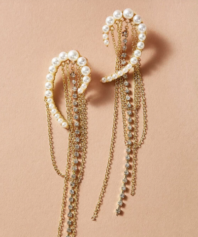 Pearls & Chains Studs