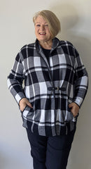 Maglia knit check plus size jacket with single buckle closure