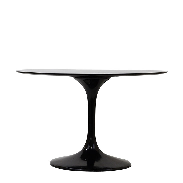 luppo dining table