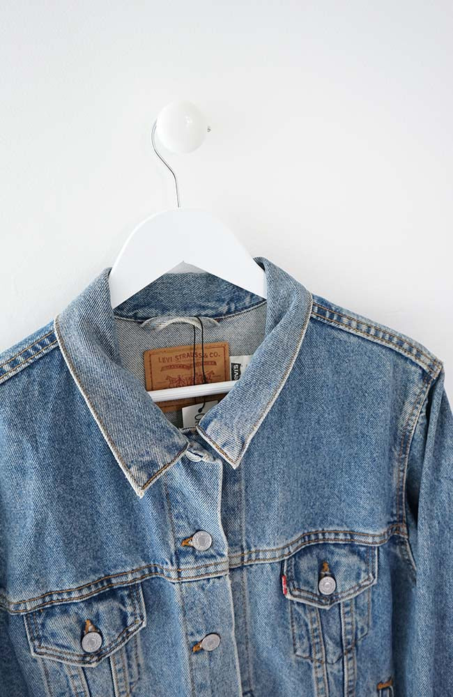 VINTAGE LEVIS DENIM JACKET (L) 90s