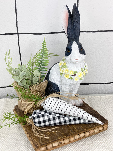 Resin Bunnies With Floral Collar Easter