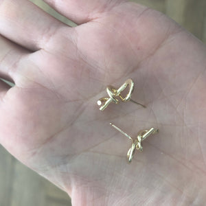 Hooked Up earrings