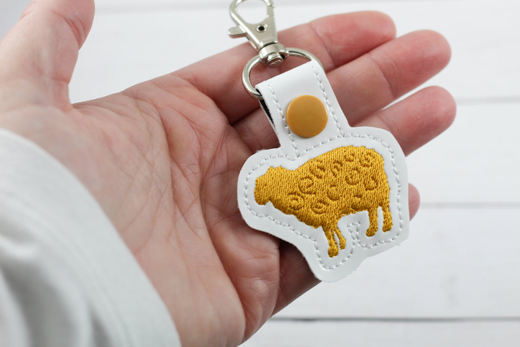 Tiny Sheep snap tab embroidery design