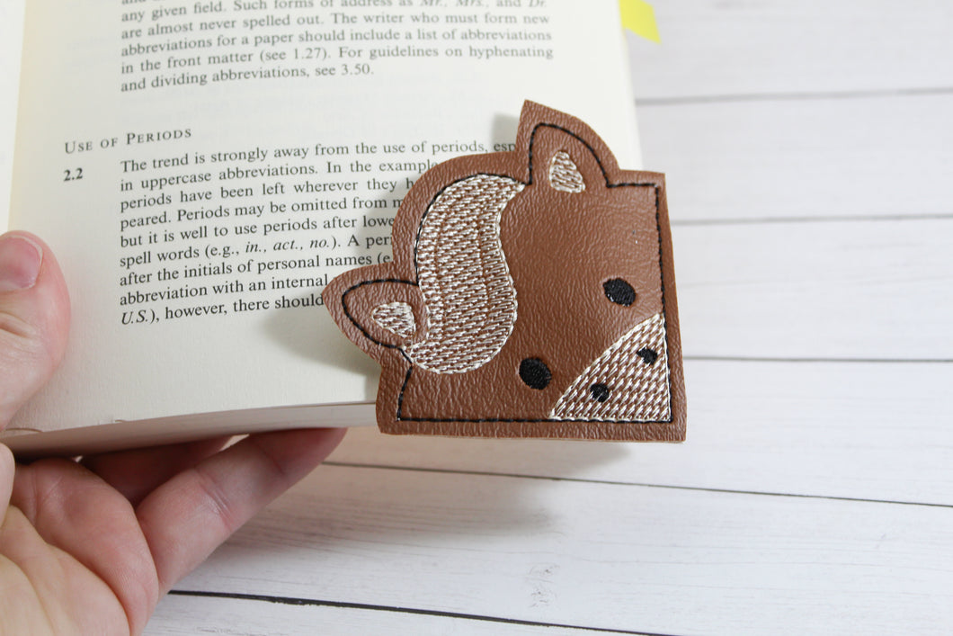 Horse Corner Bookmark Design