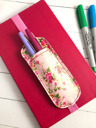 Simple Rounded Pen Pocket In The Hoop (ITH) Embroidery Design