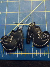 Witch Shoes Earrings embroidery design