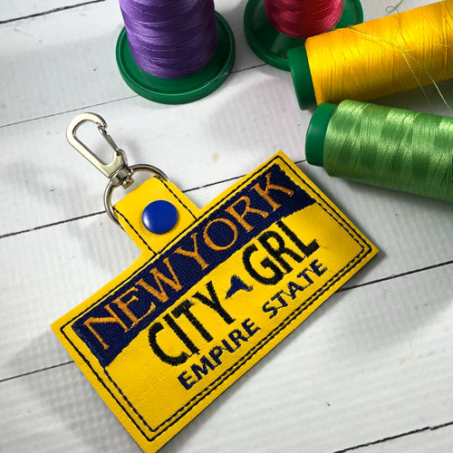 New York Plate Embroidery Snap Tab