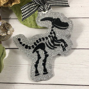 Dinosaur Skeleton Ornament for 4x4 hoops